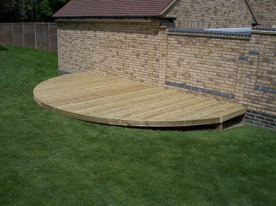 Garden Decking Platform - Fairfield, Stotfold